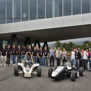 AIC - AUTOMOTIVE INTELLIGENCE CENTER - Fórmula Student