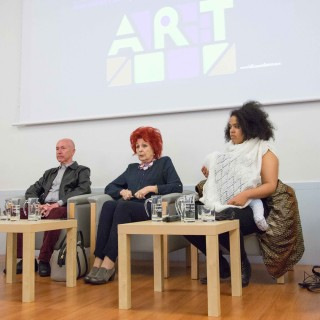 BILBAO ART DISTRICT - mesa redonda